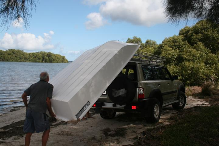 Its easy to load the boat from and onto the car roof